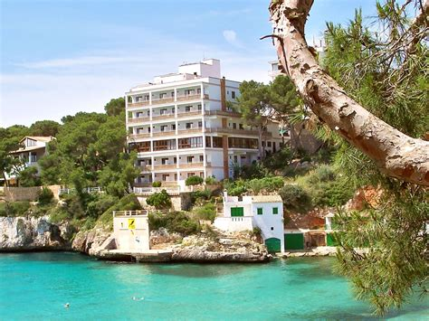 holiday trips  southern spain costa del sol news