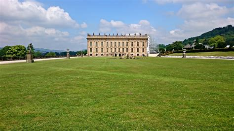 chatsworth house the peak district with toddlers things to do places to stay