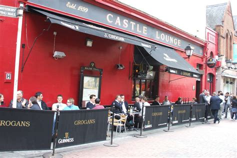 best pub in dublin the 8 best pubs in dublin you 100 need to visit before