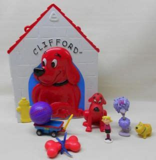 clifford the big red dog house clifford the small red dog on popscreen