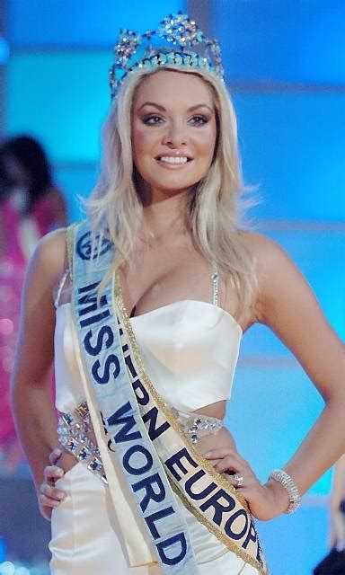 Tatana Kucharova Miss Crowned Miss World 2006 Pageant 2 by Rory Mcilroy Not Distracted By Miss World Golf Course