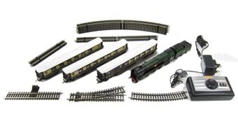hattons co uk hornby r1162 the orient express set