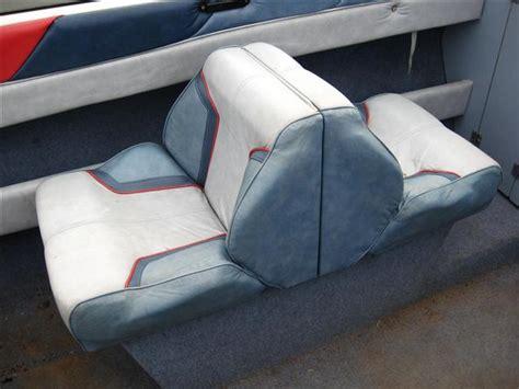 Bayliner Upholstery by Bayliner 2050 Br Deck Stringers Transom Custom