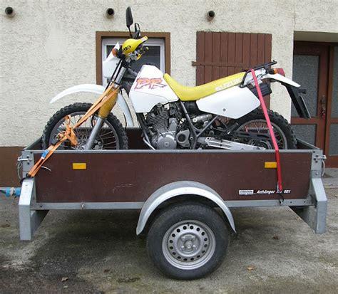 Motorrad Auf Pkw Anh Nger Transportieren by Beratung Echter Motorradanh 228 Nger Oder Quot Normalen Quot Kfz