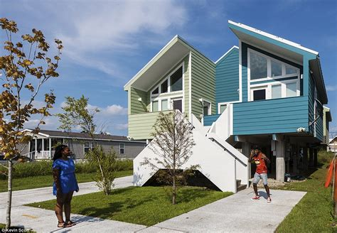 Brad Pitts No Housing Efforts Lower 9th Ward In The Pink by Brad Pitt Builds 109 Futuristic Homes For Homeless In No