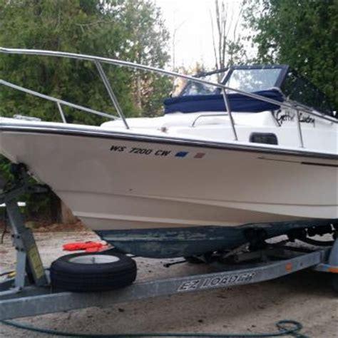 boston whaler walkaround boats boston whaler 21 ft walkaround boat for sale from usa
