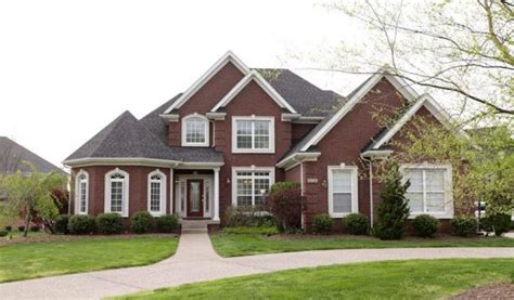 home of the week 8718 summit ridge drive louisville ky 40241