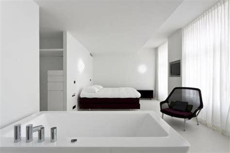 bathtub in bedroom design design trend bathtub in bedroom interiorholic com