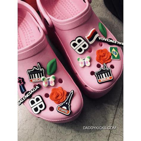 balenciaga x crocs foam platform sandals 115m p00310187 pink price 138 93 shoes