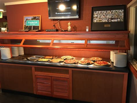 Buffet Everyday Pizza Hut Office Photo Glassdoor Co In Pizza Buffet Utah