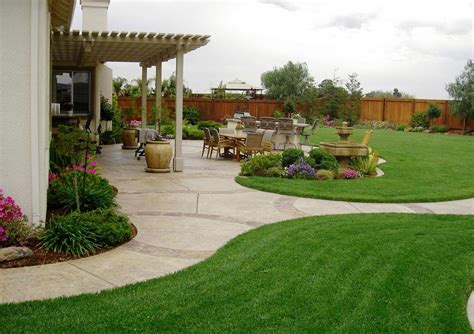 Inexpensive Backyard Ideas Small Simple Backyard Ideas On A Budget Best House Design