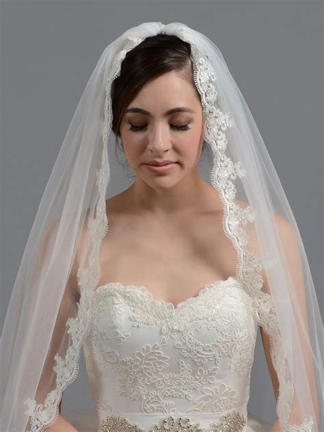 bridal wedding veil elbow fingertip alencon lace v036