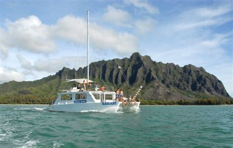 catamaran boat tour oahu ocean voyage tour 11 unforgettable cruises and boat tours to take in hawaii