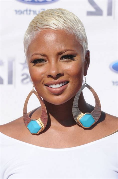 black womens hair to platinum blonde coolest platinum blonde hair colors haircuts hairstyles