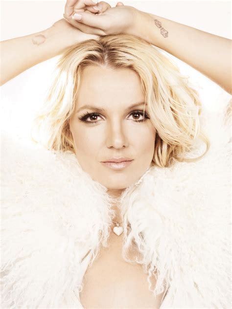 seal it with a kiss snippet britney spears quot femme fatale quot archives collegedj