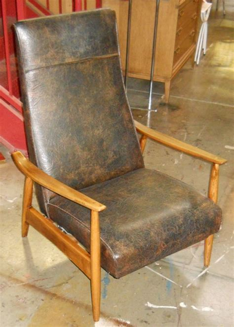 Milo Baughman Recliner 74 In Leather by Recliner 74 Baughman Retro Vegas Seating Sold Islam Shia Org