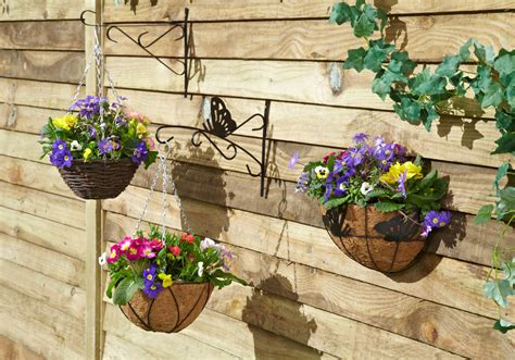 Hanging Baskets Add Colour To Your Garden Tips From Garden Wall Hanging Baskets