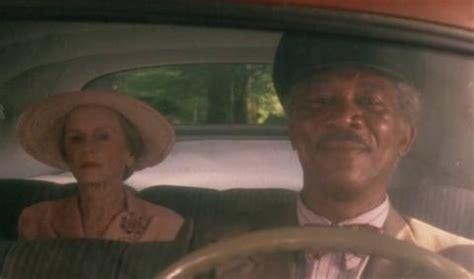 Driving Miss Daisy Meme - un autista personale in a spasso con daisy