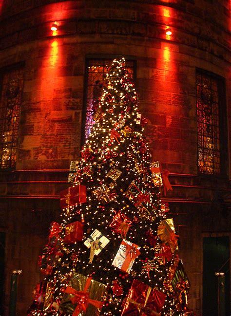 edinburgh photo christmas tree at the dome edinburgh