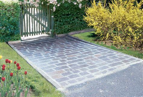 come piastrellare un giardino fare un vialetto con pietre di recupero bricoportale
