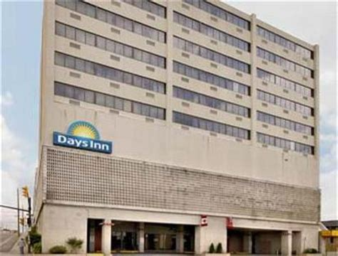 Gallery Dining Room Days Inn Timmins Days Inn And Conference Centre Timmins Timmins Deals