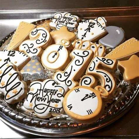 new year cookies decoration 17 best images about new years decorated cookies and cake