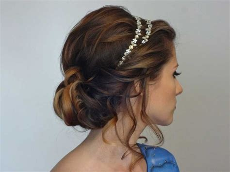 hairstyles with elastic headband 25 best ideas about updo with headband on pinterest