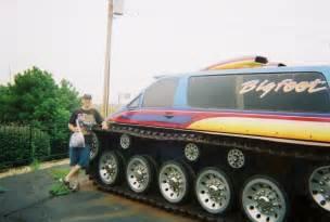 monster trucks images monster truck hd wallpaper background photos 4826506