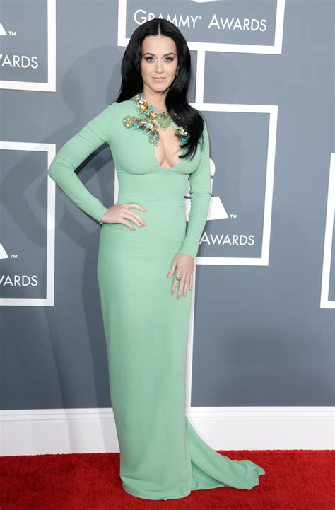taylor swift and katy perry pantip inspired by priscilla presley katy perry at the grammys