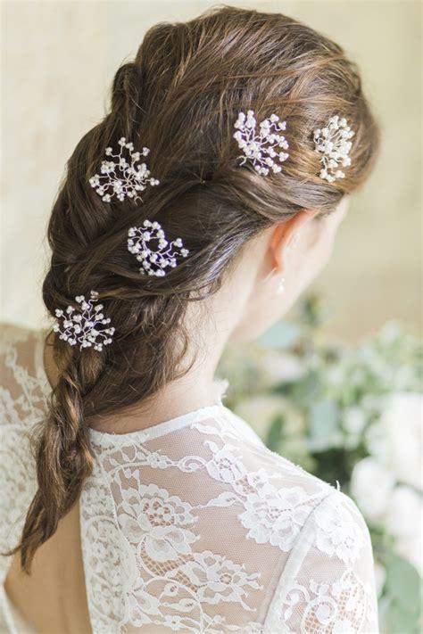 wedding hair with gypsophila gypsophila hairpins