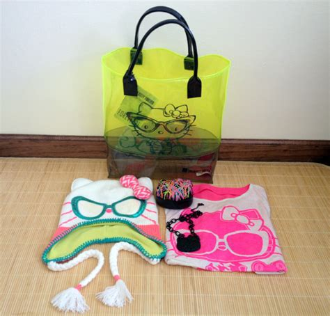 Hello Kitty Giveaways Gifts - nitro licious x forever 21 x hello kitty forever giveaway nitrolicious com