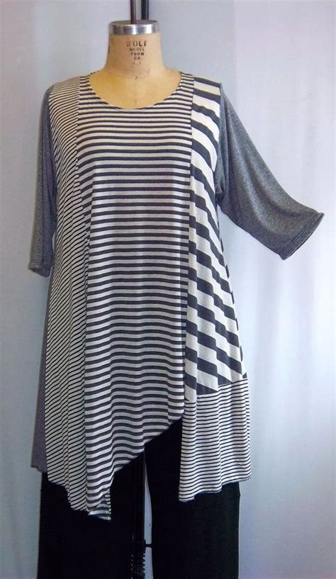 Black Grey Stripe Asymmetric Top Size Mlxl coco and juan plus size asymmetric tunic multi gray stripe 2 knit size 2 fits 3x 4x bust 60