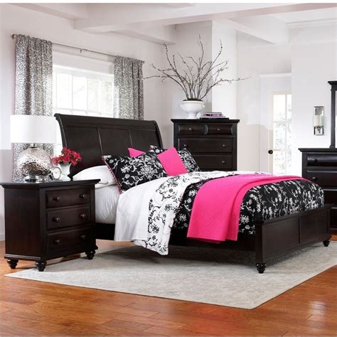black sleigh bedroom set broyhill farnsworth sleigh bed 3 piece bedroom set in inky