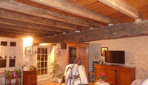Couleur Poutres Au Plafond by Quelle Couleur Pour Un Plafond Avec Poutres Pour 233 Claircir