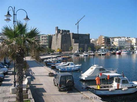 porto pantelleria pantelleria sicilia guida sull isola di pantelleria per