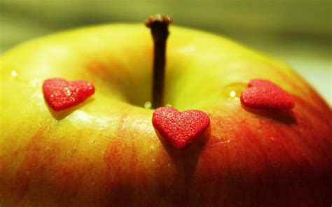 wallpaper apple love love apple wallpaper high definition high quality