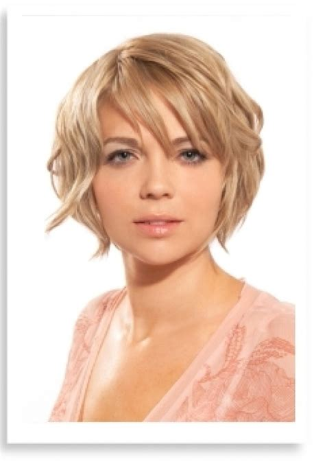 graduated bob haircut for chubby face 154 best b o b h a i r s t y l e s images on pinterest