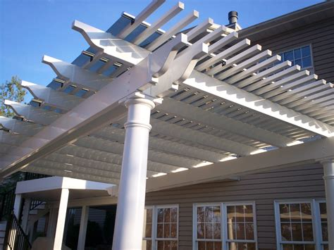 St Louis Pergolas Your Backyard Is A Blank Canvas St Solar Panel Pergola