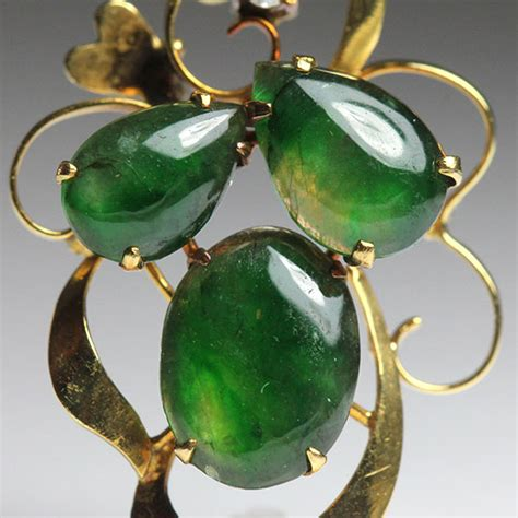 imperial jade imperial jade cabochon 14k pendant hawaii estate