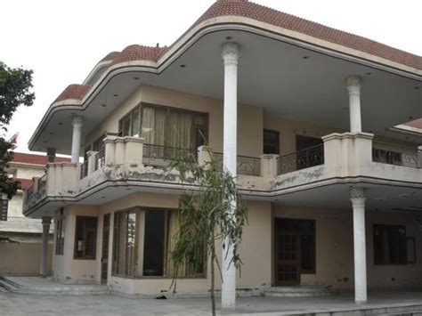 Nri Layout House For Sale | a house for mr kejriwal in punjab aap shortlists a base
