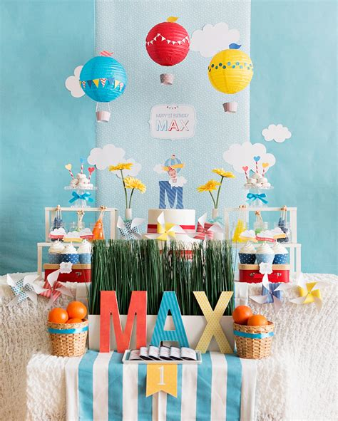 birthday themes with balloons sweet whimsical hot air balloon first birthday korean