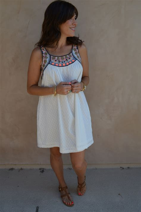 Dishevelled Dressing by Summer Travel 3 Dresses For 3 Cities Perfectly Disheveled