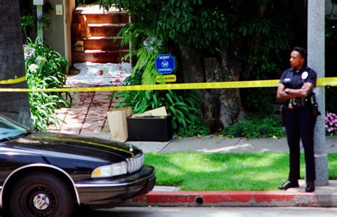 nicole brown simpson murder scene the night of the murder photos revisiting the oj