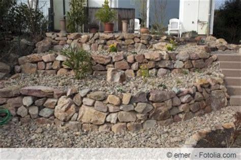 bruchsteinmauer verfugen bruchsteinmauer selber bauen und richtig verfugen
