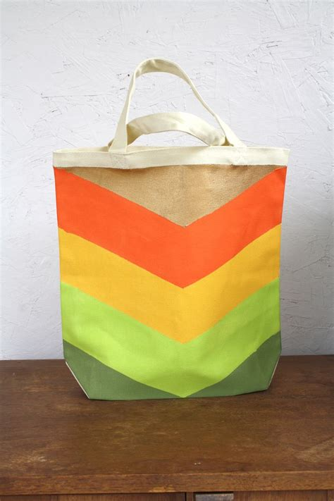 gingiber guest post diy chevron tote bag with