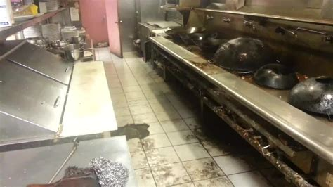 cuisine sal馥 liveleak com kitchen in an restaurant