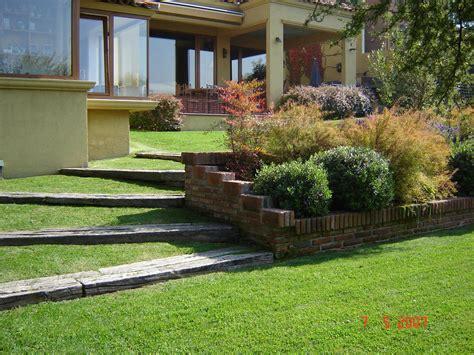 imagenes de jardines en terrenos inclinados taludes desniveles y escaleras en el jard 237 n p 225 gina 6