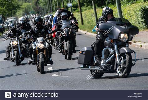 Motorrad Berlin Russen by 09 Mai 2018 Deutschland Berlin Mitglieder Des