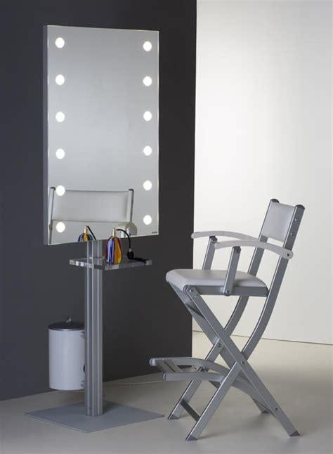 Specchio Con Make Up by Specchi Trucco Da Parete Con I Light Per Make Up