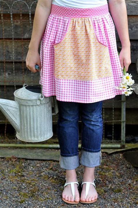 pattern waist apron auntie dots apron pattern from pleasant home sewing for